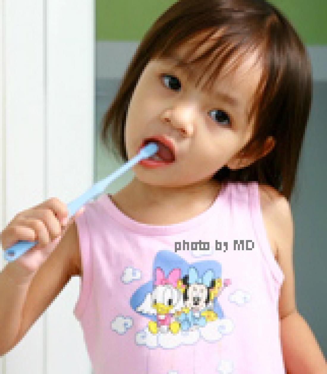 บทความเรื่อง แปรงฟันให้ลูกถึงเมื่อไร